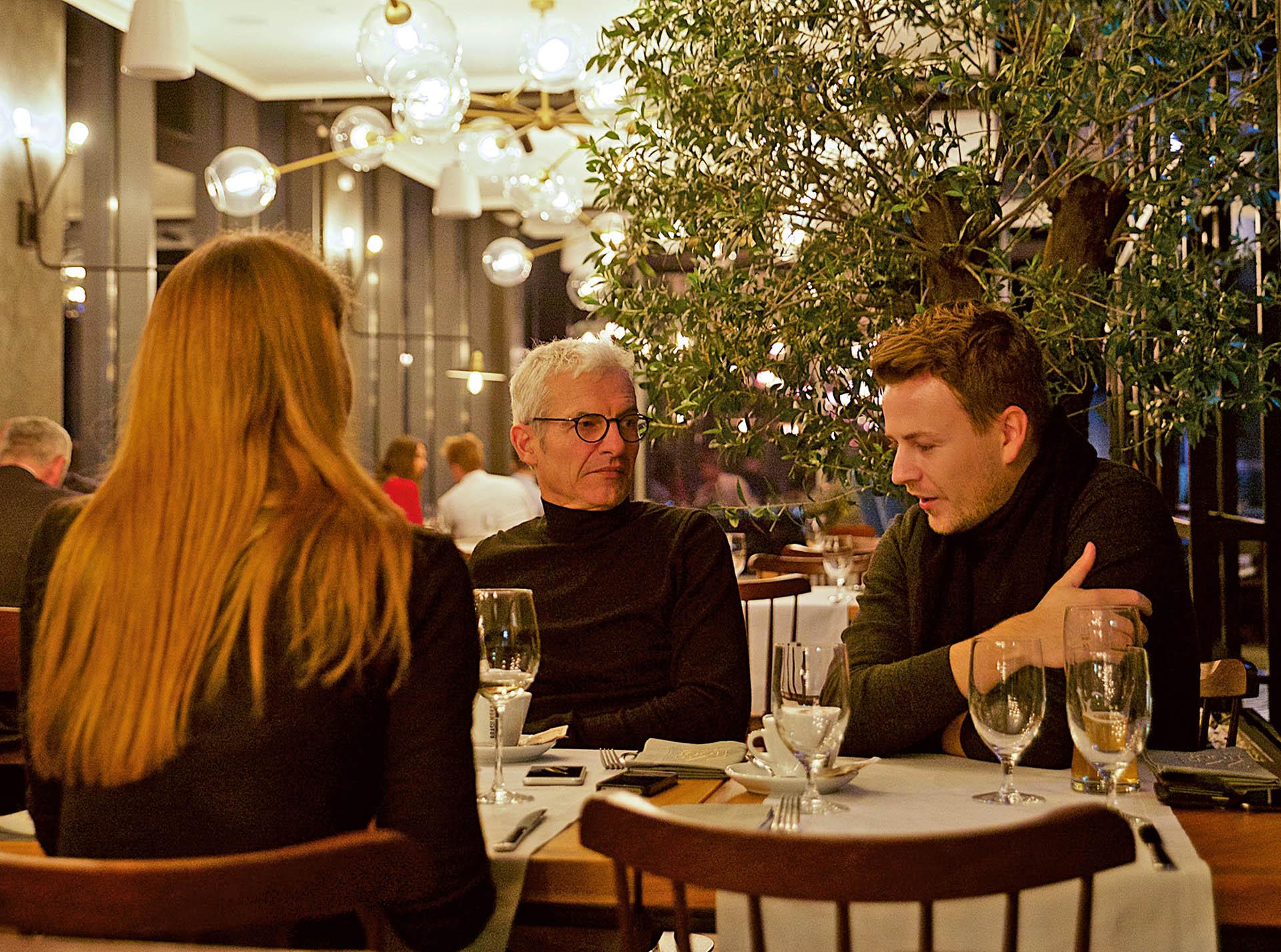 Justyna Boduch, Tobias Wulf, Gabriel Wulf (wulf architekten) w trakcie wywiadu dla A&B; fot.: Kinga Gołąbek