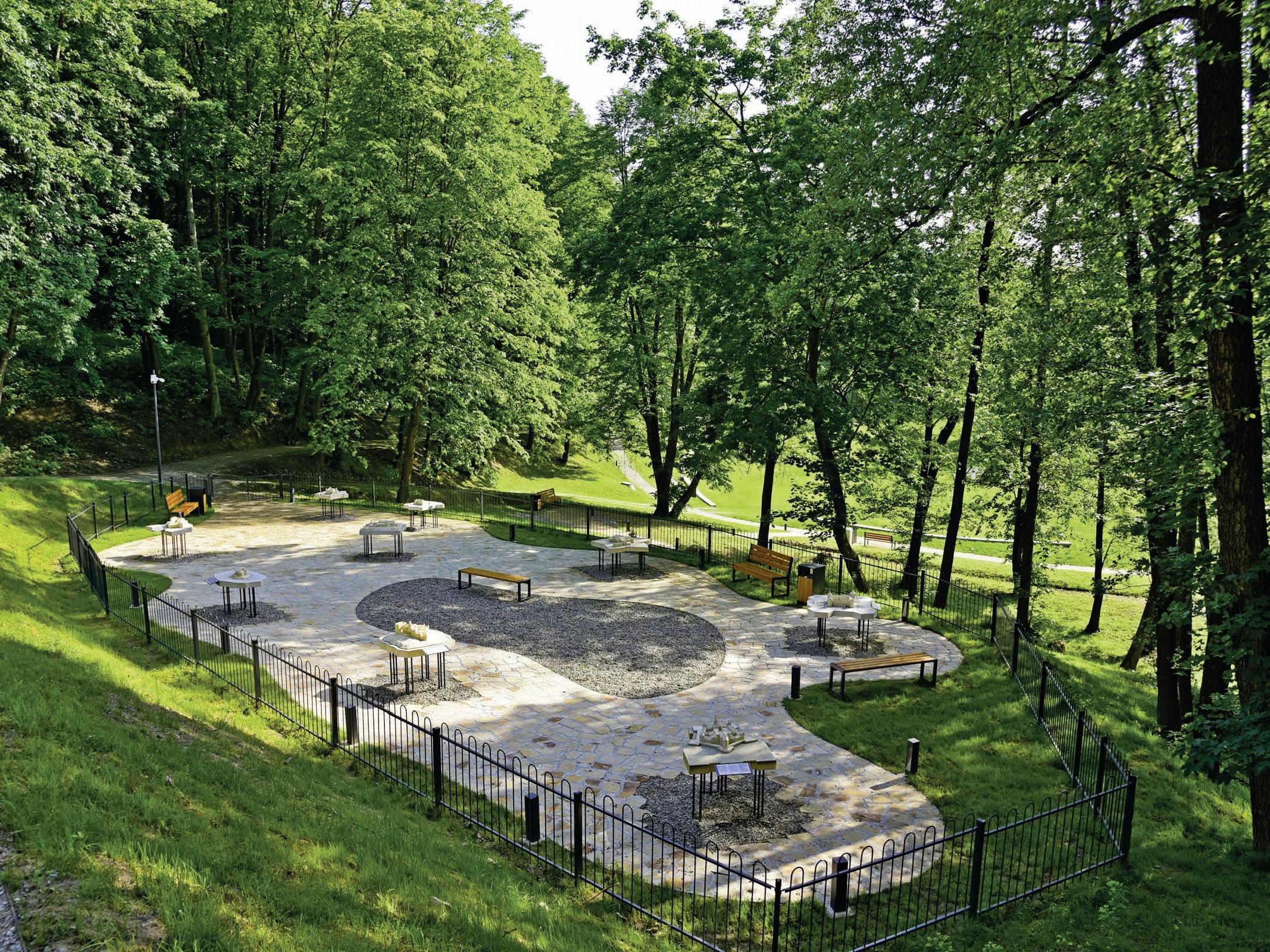Park 400-lecia u podnóża Zamku Kmitów I Lubomirskich w Nowym Wiśniczu